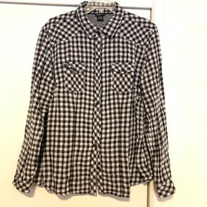 Torrid Black & White Checkered Flannel Shirt Sz 1